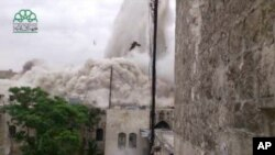 Blast Destroys Hotel in Historic Aleppo District