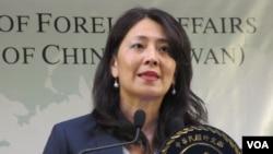 台灣外交部發言人歐江安2019年7月25日在例行記者會上講話。 (美國之音張永泰拍攝)