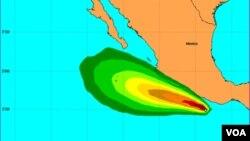 El ciclón se localizaba a las 13 horas local (18 horas GMT) a 210 kilómetros al sur de Lázaro Cárdenas, en el estado de Michoacán.