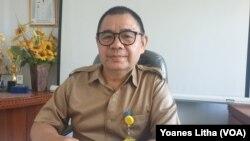 Noldy H Montolalu Direktur Utama Perusahaan Daerah Pasar Tomohon, Sulawesi Utara, 10 Maret 2020. (Foto: VOA/Yoanes Litha)