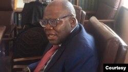 Tendai Biti in parliament