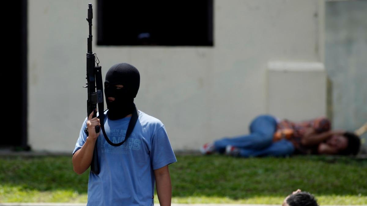 Anak Muda Jadi Teroris: Soal Ideologi dan Menjadi Keren