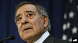 U.S. Defense Secretary Leon Panetta speaks during a news conference at the annual Australia-United States Ministerial Consultations in Perth, Australia, November 14, 2012.