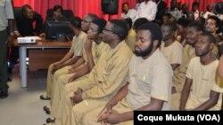 Activistas angolanos no primeiro dia de julgamento em Luanda. Angola, Nov 16, 2015