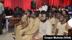 Activistas angolanos em tribunal no primeiro dia de julgamento em Luanda. Angola, Nov 16, 2015