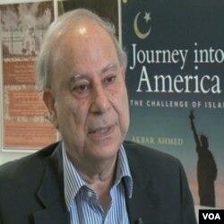 Akbar Ahmed, profesor na Univerzitetu American