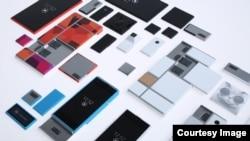 """Según Motorola la creación de teléfonos inteligentes se hará añadiendo módulos a un """"esqueleto"""" o estructura."""