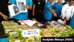 Barang bukti sabu asal Malaysia di kantor BNN Jakarta Rabu 23 Agustus 2017.
