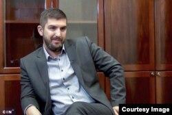 Darko Kremenović kaže da Maricu Ćulum izuzetno cijeni kao pravnicu, advokaticu i osobu te smatra da je obaveza Advokatske komore da je zaštiti (Foto: CIN)