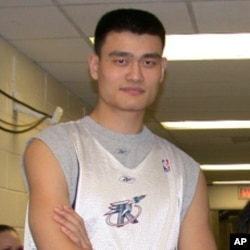 前NBA球星姚明去年宣佈退休。