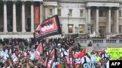ავღანეთში მიმდინარე ომის საწინააღმდეგო დემონსტრაცია ლონდონში, 20 ნოემბერი, 2010 წ.