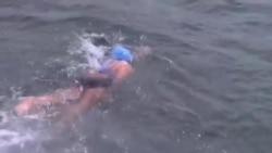 美游泳老將從古巴橫渡佛羅里達海峽