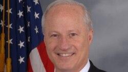 Congressman Mike Coffman jijjiirama Itoophiyaan keessa jirtutti 'gammadee' barana achi dhaqee Dr., Abiy Ahmediin mari'achuuf kurfoo jira