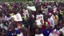 津巴布韋各地發生示威要求穆加貝辭職