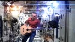 2013-05-14 美國之音視頻新聞: 宇航員完成146日太空站任務後已經返回地球