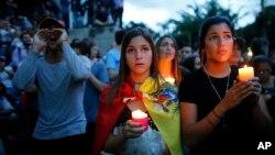 مخالفان امیدوارند برادر چاوز را در انتخابات فرمانداری ایالیت باریناس شکست دهند.