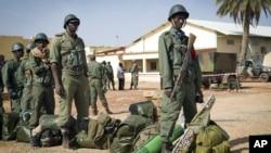 Pasukan Mali terus merebut wilayah-wilayah yang dikuasai pemberontak di Mali utara (foto: 28/1).