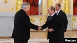 Джон Теффт и Владимир Путин