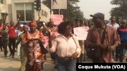 Manifestação de mães de activistas, Lunda, Angola