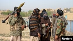 ماه گذشته طالبان دریک حمله گروهی برمرکز شهر غزنی بیش از ۳۵۰ زندانی را از محبس این ولایت آزاد کردند