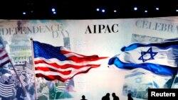 工作人员在为华盛顿美国以色列公共事务委员年度会议的年度会议作准备(2015年3月2日)