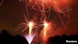 美國首都華盛頓發放煙花慶祝獨立日