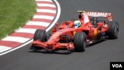 Pembalap Ferrari, Felipe Massa dalam Grand Prix di Kanada (foto: dok). Tim balap Ferrari meraih hasil mengecewakan dalam musim balap tahun 2011 lalu.