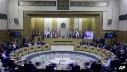 中国国家主席习近平在阿拉伯国家联盟总部发表演讲(2016年1月21日)