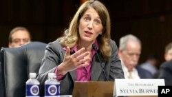 Sylvia Mathews Burwell era directora de la Oficina de Presupuesto de la Casa Blanca.