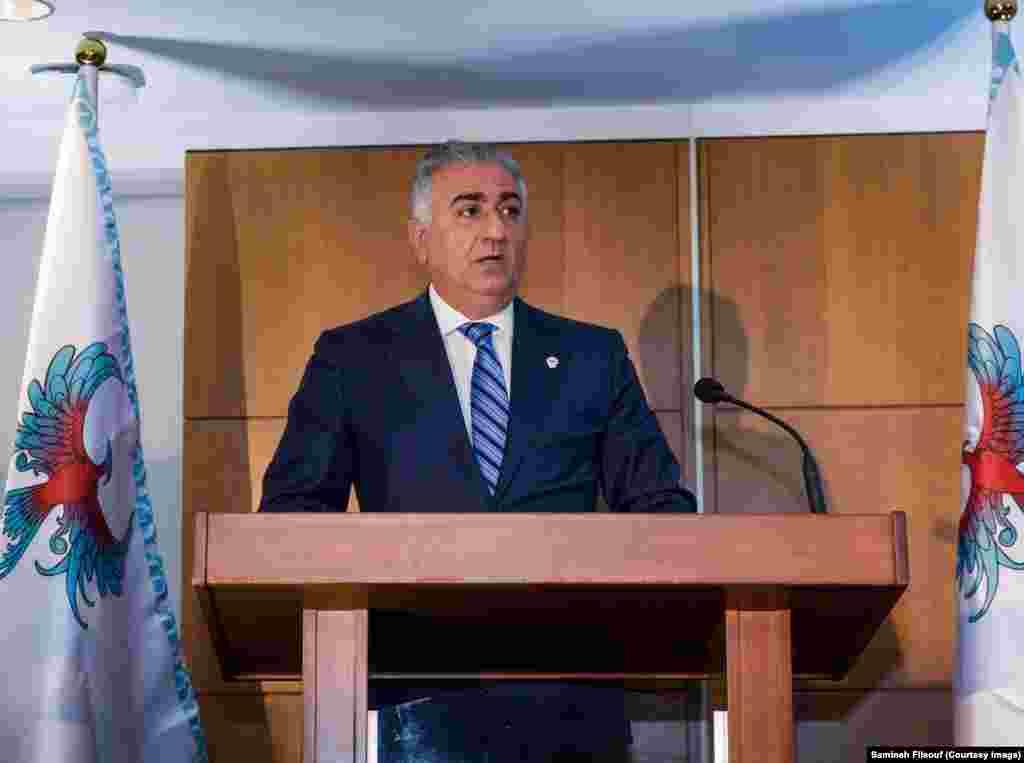شاهزاده رضا پهلوی در این مراسم گفت پروژه ققنوس، برای تامین نگرش علمی در جامعه مدنی است