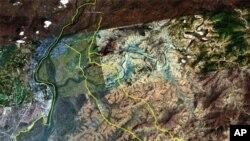 신의주 동쪽 도로망, 김정일국방위원장 '전용 고속도로'로 추정 (오른쪽 노란선)