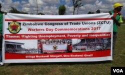 Izisebenzi zithi zithwele nzima ngesikhathi kunanzwa usuku lwe Workers' Day.