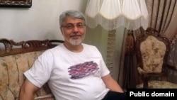 عیسی سحرخیز روزنامه نگار ایرانی