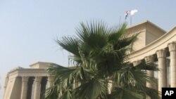 مصر: عدالت میں بھگڈر، سابق وزیر داخلہ کے مقدمے کی سماعت ملتوی