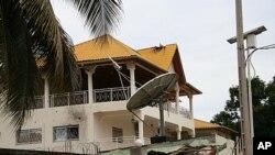 Makazi yaliyoharibiwa ya Rais wa Guinea, Alpha Conde, katika mji wa Conakry wakati wa jaribio la kutaka kumuuwa lililofanywa na waasi Julai 19,2011
