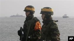 韩国海军陆战队员在守卫着延坪岛