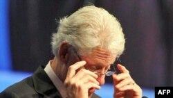 Bill Clinton, thirrje që të përdoren më mirë donacionet për Sidën