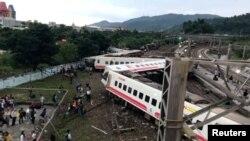21일 타이완 이란현에서 타이등으로 향하던 열차가 탈선하는 사고가 발생했다.