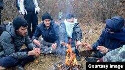 Migranti i izbjeligce u BiH u neizvjesnosti dočekuju prvi veći snijeg. Foto: BIRN BiH