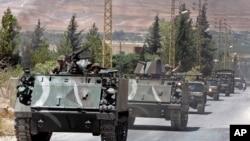 Pasukan Lebanon dikerahkan di kota Arsal setelah serangan militan terhadap pos pemeriksaan Lebanon dekat perbatasan Suriah, Senin (4/8).