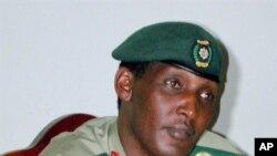 General Kayumba Nyamwasa (2001 file photo)