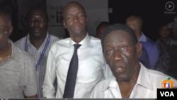 Prezidan ayisyen an, Jovenel Moise, nan mitan, ak Kolonèl, Irving Mehu, direktè jeneral Otorite Aewopotyè Nasyonal la, Autorité Aeroportuaire Nationale (AAN).