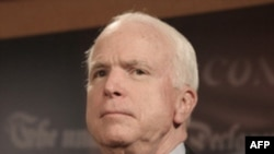 Thượng Nghị sĩ McCain nói ông lo ngại về thông điệp mà thời hạn rút quân sẽ đưa ra