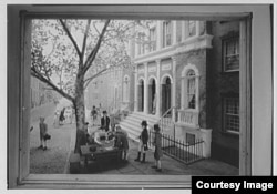 An image of the original New York Stock Exchange which conducted business under a Buttonwood tree in New York. (courtesy of the Gottscho-Schleisner Collection at the Library of Congress)