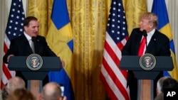 El presidente Donald Trump y el primer ministro sueco Stefan Löfven durante una conferencia de prensa conjunta en la Casa Blanca, el martes 6 de marzo.