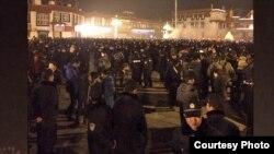 中國安全人員在拉薩宗教活動期間加強防範。(資料圖片)