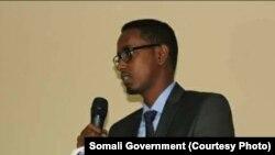 FILE - Menteri Pekerjaan Umum dan Rekonstruksi Somalia Abbas Abdullahi Sheikh Siraji.