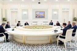 AQSh Kongressi a'zolari O'zbekiston rahbari bilan uchrashdi, Toshkent, 6-oktabr, 2021