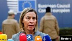 Kepala Kebijakan Luar Negeri Uni Eropa, Federica Mogherini tiba di KTT para pemimpin Uni Eropa di Brussels, Belgia, 15 Desember 2016. (Foto: dok).