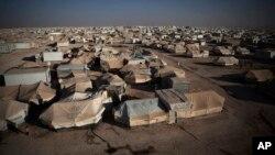 Kamp pengungsi Suriah 'Zaatari' di Yordania, yang diguncang aksi kekerasan Sabtu 5/4 (foto: dok).